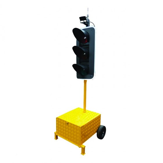 Radio Controlled Traffic Lights Image 1