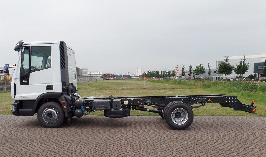 SOLD Iveco ML120E22 12T GVW chassis cab SOLD Image 4