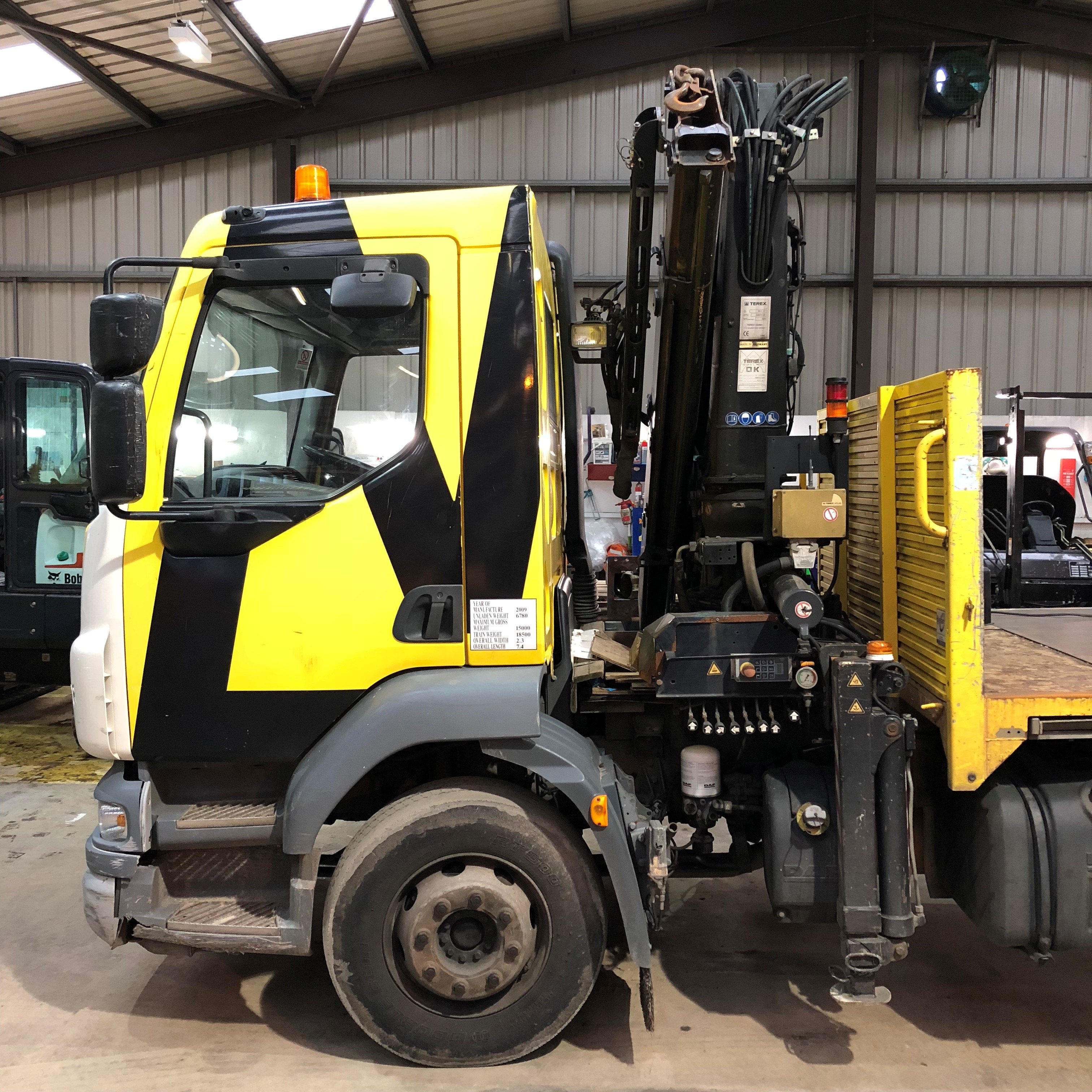 2009 DAF LF55-180 with Atlas/Terex Crane Image