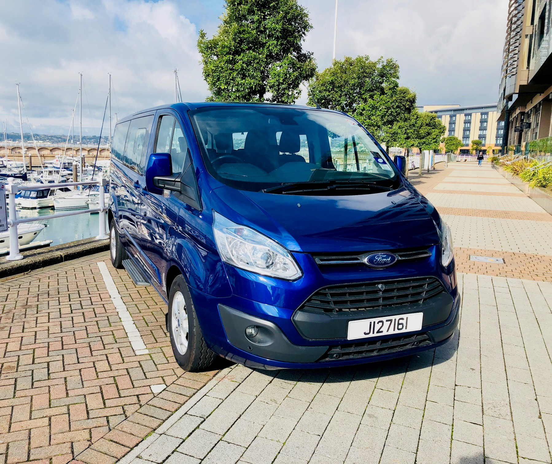 2015 Ford Custom Tourneo 9 seater Image
