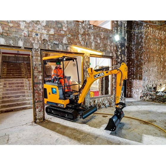 1.9 Tonne electric powered excavator Image 2